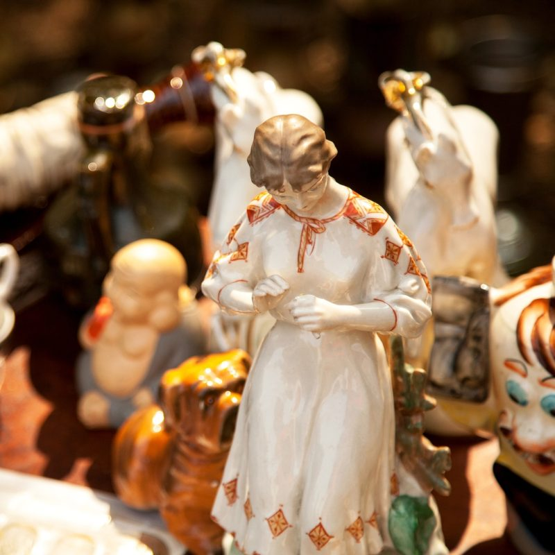 What's the Best Way to Ship Porcelain Figurines So They Do Not Get Damaged