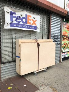 FedEx and UPS crate shipping services