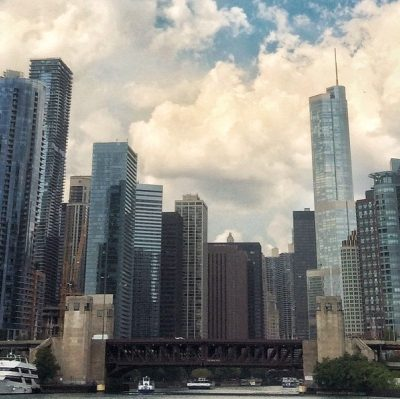 art shipping services in Chicago