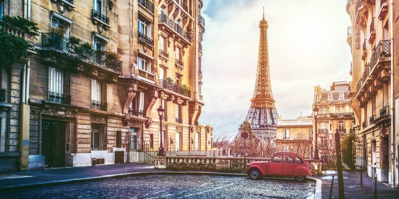 art shipping services in Paris