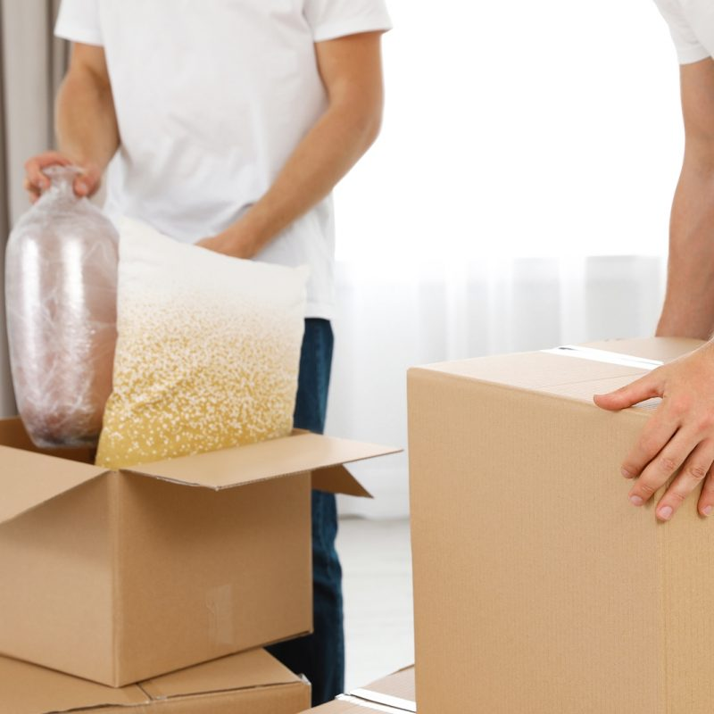What to Expect from a White Glove Moving Company?