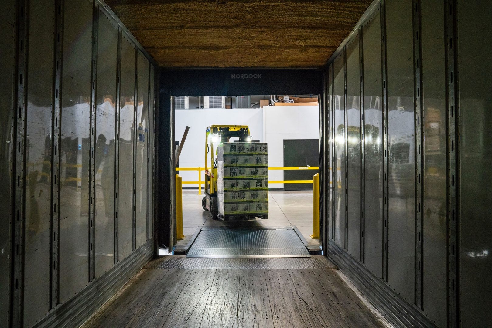 How To Move Large And Heavy Items To Your New Home