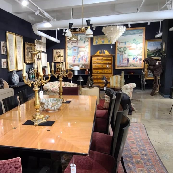 Showplace Luxury Art Design Vintage