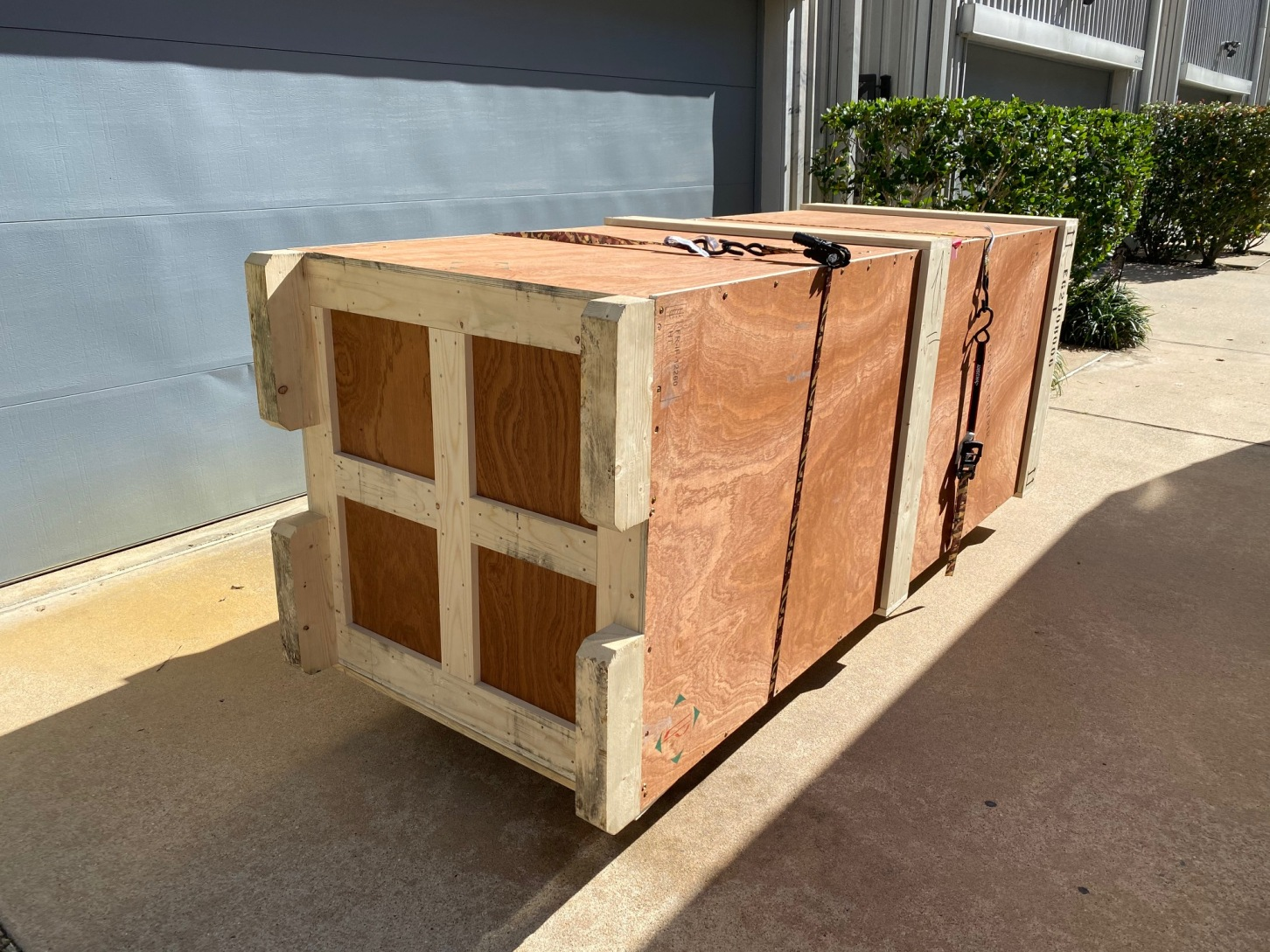 Fine Art Shippers Specializes in Delivering Oversized Works of Art