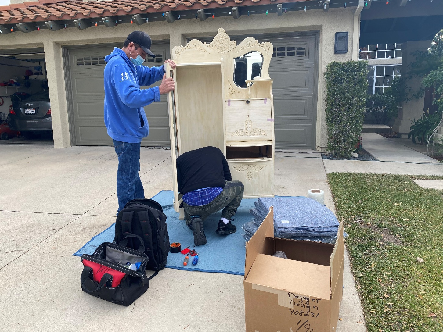 On-Site Packing & Crating of Antique Furniture