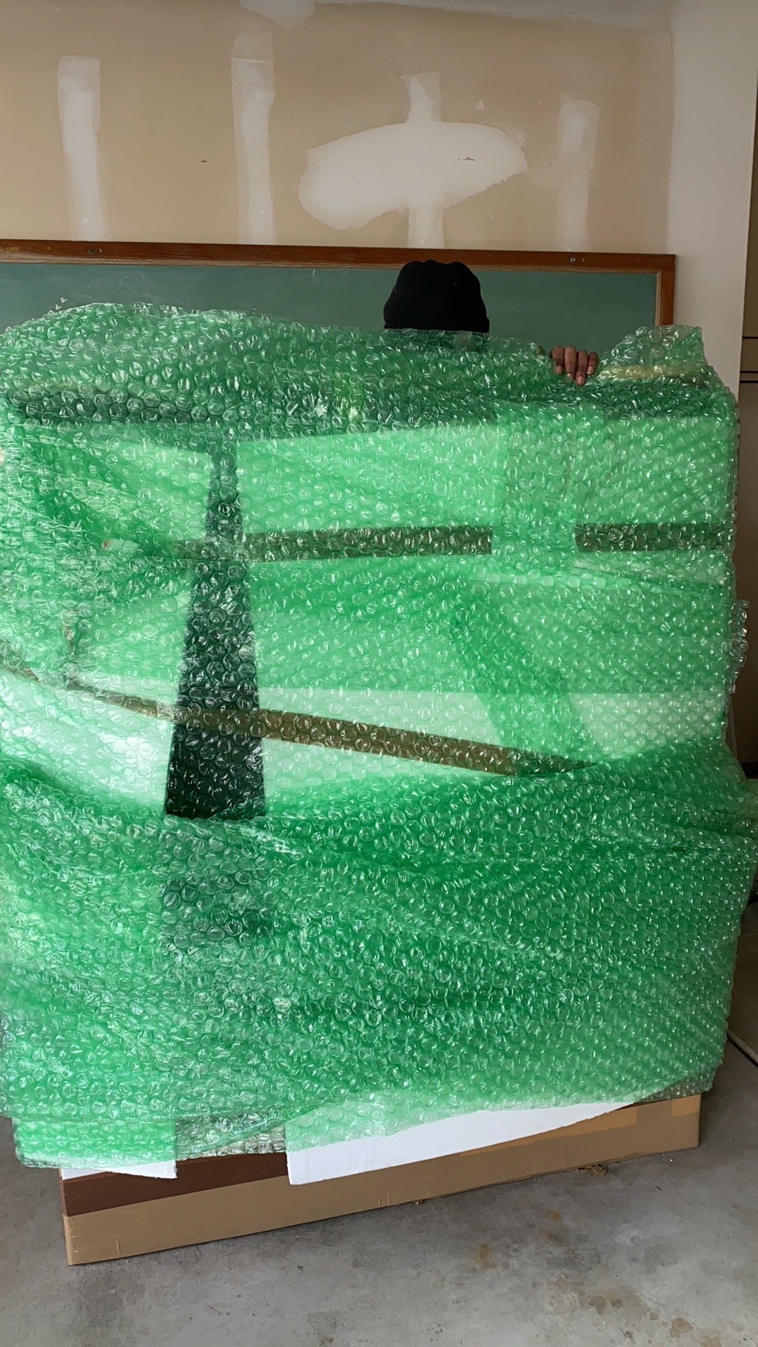 Packing and moving fragile glass and art objects