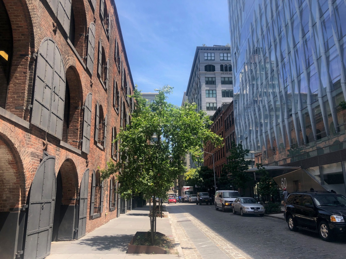 DUMBO – An Epicenter of Art and Creativity in Brooklyn