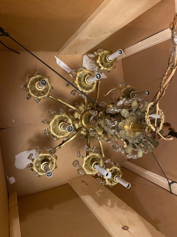 Packing a chandelier