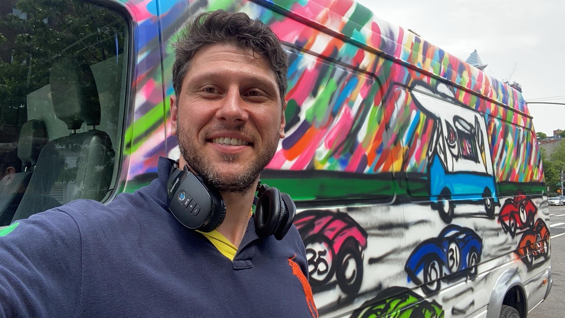 Da Race on Wheels: Art Project by Mitchell Schorr & Fine Art Shippers