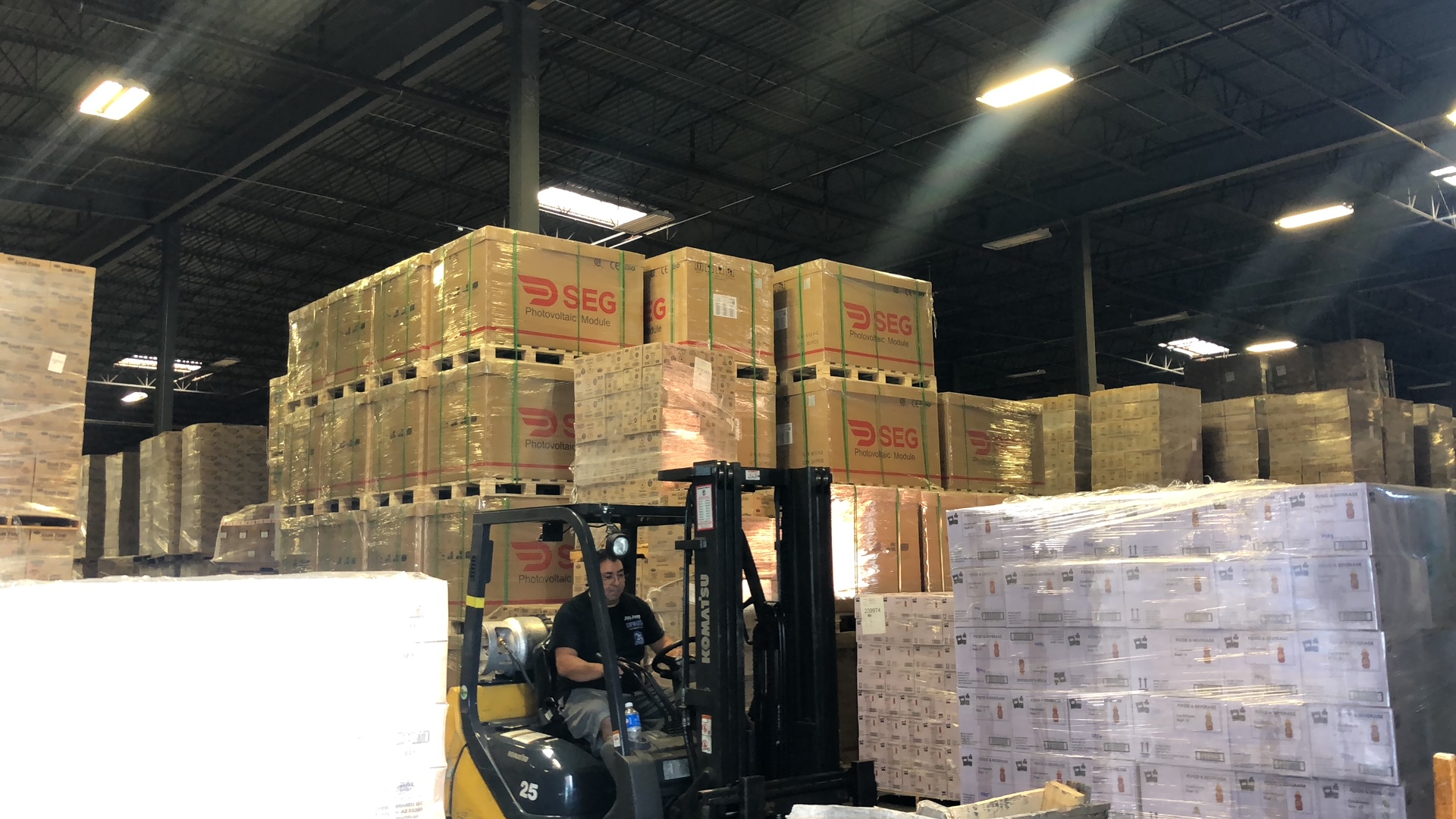 Large Package Shipping and Delivery Service